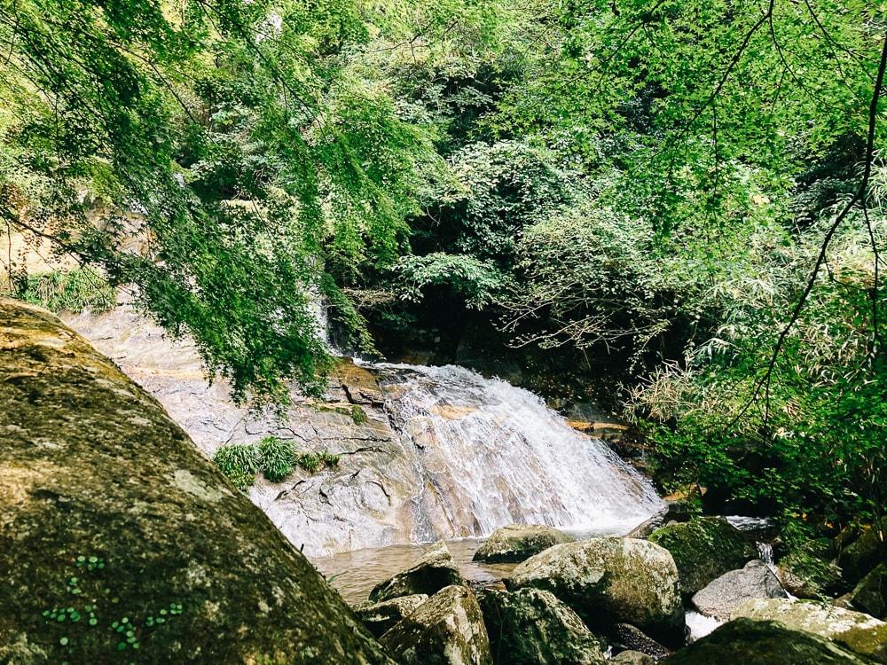 二丈岳の明神の滝